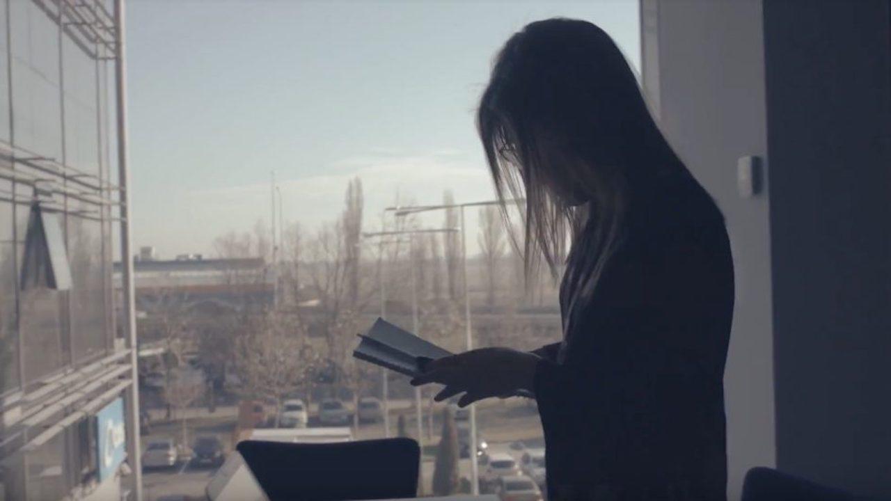 un video despre esența umană a brandului